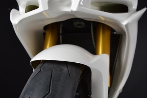 Aprilia RSV 4 2015- Díly Motoforza na motocyklu - vrchní díl vč. vzduchového tunelu pro chlazení
