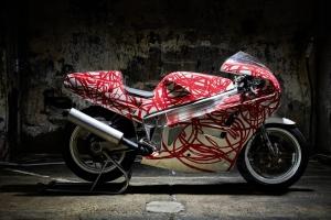Díly Motoforza, GFK- upraveny  na motocyklu Bimota YB6