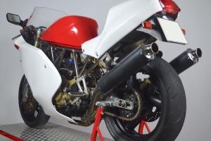 ducati_600,750,900ss_1991-1997_motoforza_fairings_on_bike12