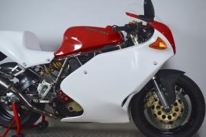 ducati_600,750,900ss_1991-1997_motoforza_fairings_on_bike22