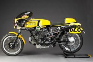 UNI Ducati SET - Polokapotáž racing s plexisklem