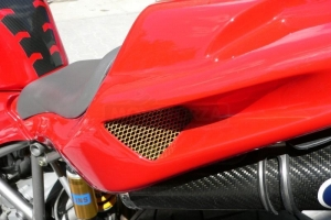 Ducati 998 2002 díly na moto