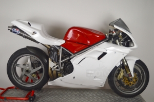 Ducati 748,916,996,998 - Sedlo racing - 4 výdechy - na moto - závodní rám