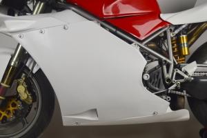 Ducati 996R 998 2002 olejová vana GFK na moto 998S
