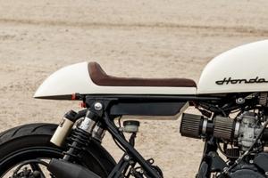 UNI Sedlo CAFE RACER v.9 - Honda CB 750 Seven Fifty / UNI