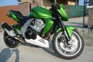 Klín pod motor Kawasaki Z750 2002-2006 / UNI verze 1, na moto Z750 2003-2006
