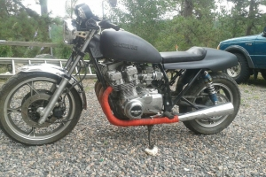 Part on bike on Suzuki GS750l