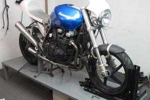 Vrchní díl - štítek - verze 3 UNI / Monster - GFK - na Kawasaki ZR750 2000