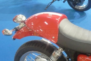 Preview seat cowl on bike