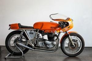 Rickman Metisse,Matschless G50 -Avon-Dunstall-Norton-BSA-Triumph - SET Polokapotáž s plexisklem