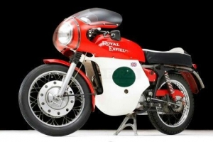 Rickman Metisse,Matschless G50 -Avon-Dunstall-Norton-BSA-Triumph - Kapotáž cestovní - Set
