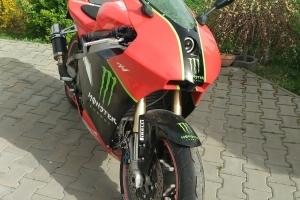 Moto 2 Suter MMX - preview na moto Yamaha R1