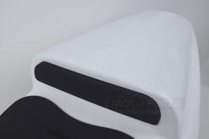 Pěna TYP A - opěrka k sedlu - ukázka na Yamaha YZF 600 Thunder cat